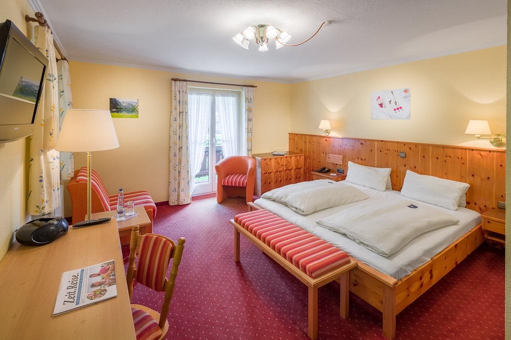 Komfortdoppelzimmer Süd Hammerwirt Siegsdorf-1
